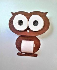Owl - Mur en bois précieux pour tenir deux patins et porte-papier toilette. Fixation sans vis Le kit se compose de: 1) Deux morceaux de bois précieux. La tête est simplement pressé dans les rouleaux et le corps est collé à la bande de montage des deux côtés. 2) Deux rouleaux de supports en