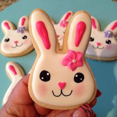 Made these Easter bunny cookies :)