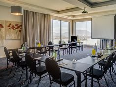 With an exquisite location and excellent conferencing facilities in Durbanville, this full-service hotel is a premium destination for the executive traveler and a springboard for leisure travelers who want to explore the Mother City and surrounds.