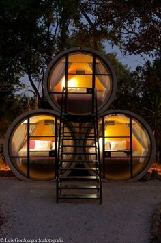 T3arc's TuboHotel, Tepoztlan, Mexico...concrete pipes made into a mini hotel !
