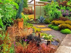 Tips for Creating a Gorgeous Entryway Garden | Landscaping Ideas and Hardscape Design | HGTV