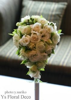 白と淡いグリーンのティアドロップブーケ  ys floral deco  @ウェスティンホテル東京