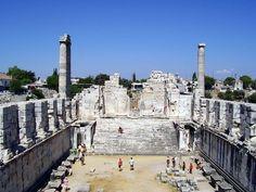 Didyma-Turkey  Apollon Tapinagi / Temple of Apollon