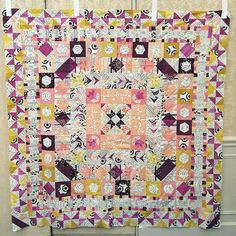 My version of the #glampstitchalot mystery quilt!