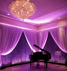 stunning lighting and decor -   Piano Highlights  EMBASSY PLAZA LAVAL