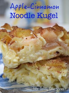 Apple-Pineapple Noodle Kugel is so creamy you'd swear this dish has cream cheese… Kosher Recipes, Apple Recipes, Holiday Recipes, Cooking Recipes, Apple Kugel Recipe, Best Noodle Kugel Recipe, Jewish Recipes, Indian Food Recipes, Canned Apple Pie Filling