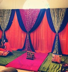 Mehndi Decoration Ideas 2016 consist of many artistic designs which you can use indoor as well as at outdoor. Desi Wedding Decor, Wedding Mandap, Indian Wedding Decorations, Wedding Stage, Home Wedding, Elegant Home Decor, Elegant Homes, Dholki Ideas, Arabian Party
