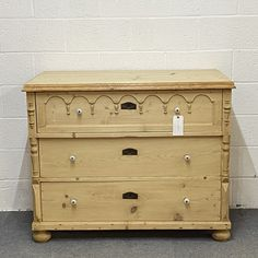 Very Large 3 Drawer Antique Pine Chest Of Drawers (F5106C) Antique Pine Furniture, Pine Chests, Chest Of Drawers, Antiques, Dresser Table, Drawer Unit, Antiquities, Dresser Drawers, Antique