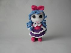 Height: 17 cm Handmade crochet work with love & care. Crochet Dolls, Crochet Hats, Blue Hair, Trending Outfits, Unique Jewelry, Handmade Gifts, Etsy, Vintage, Knitting Hats