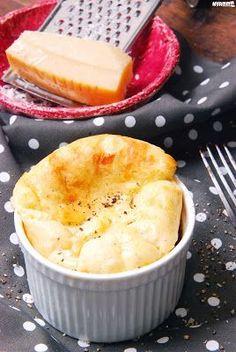 Szőlős-szilvás csirke - Kifőztük, online gasztromagazin Cornbread, Camembert Cheese, Cantaloupe, Dairy, Fruit, Ethnic Recipes, Food, Millet Bread, Essen