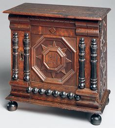 Attributed to the Symonds shop tradition: Small cabinet (10.125.168) | Heilbrunn Timeline of Art History | The Metropolitan Museum of Art