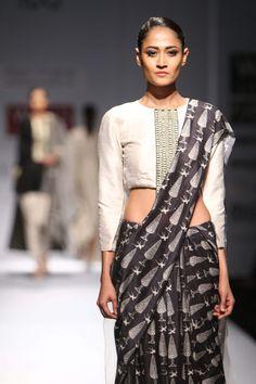 61ff772b00 15 Best Payal Singhal images in 2015 | Designer dresses, Designer ...