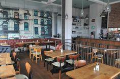 The New Club: Breakfast & Burgers