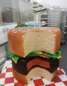 Twitter / CarlosBakery: Our #CakeoftheWeek is a little ...