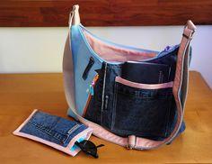 ensemble sac bandoulière et son étui à lunettes en jean's lin bleu et coton : Sacs bandoulière par com3pom