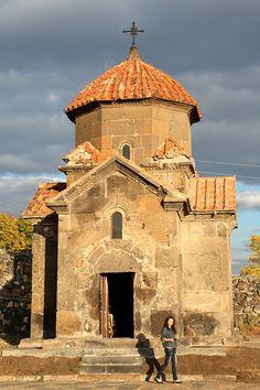 Karmravor church, VII century in Armenia Religious Architecture, Church Architecture, Armenia Travel, Cathedral Church, Christian Church, Chapelle, Place Of Worship, Kirchen, Gods And Goddesses