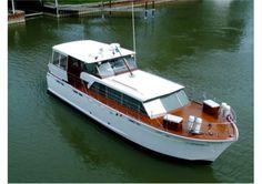 Master Boat Builder with 31 Years of Experience Finally Releases Archive Of 518 Illustrated, Step-By-Step Boat Plans Trailerable Houseboats, Chris Craft Boats, Cruiser Boat, Cabin Cruiser, Power Boats For Sale, Classic Wooden Boats, Ski Boats, Classic Yachts, Boat Projects