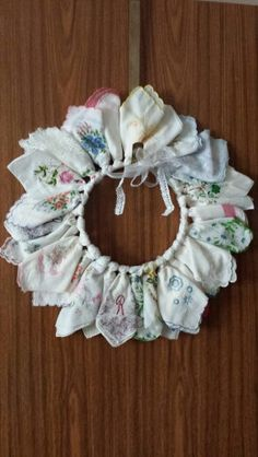 Tissue holder out of a handkerchief ridiculously easy i wish i my handkerchief wreath came out great handkerchief craftsvintage handkerchiefsaprons vintagevintage wreathvintage textilesvintage linendiy solutioingenieria Gallery