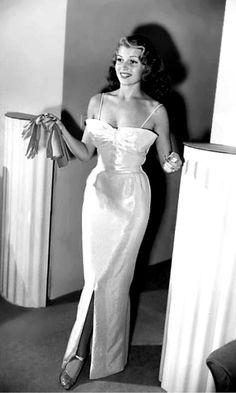 Rita Hayworth ca. 1942