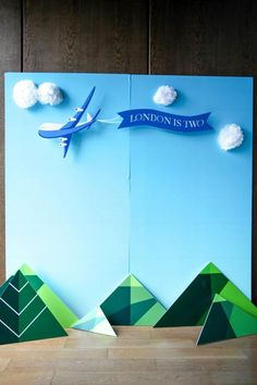 Airplane Themed Birthday Party - Love this backdrop! #Airplane #PlaneParty #PartyIdeas