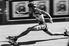WOW!!! SOOO COOL #skate #sk8 #speedskatinginline #inlinespeedskating… Skating Rink, Roller Skating, Inline Speed Skates, Skateboarding, Mtb, Yuri, Photographs, Goals, Running