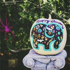 Looking for some weekend plans? Get in the Halloween spirit with #ivoryellapumpkin! P.S. You could even win a $250 SHOPPING SPREE Contest Rules: 1. Ceate a ivory Ella themed pumpkin ( painted or carved) 2. Share it on social using #ivoryellapumpkin 3. Tag us @ivoryella Contest runs from October 7-27 at 11:59pm. Winner to be announced on October 31st. Only one entry per person.