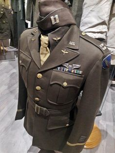 Uniform captain belonging to Robert F. Lovett of the USAAF Air Force (MAAF), wit. Uniform captain belonging to Robert F. Lovett of the USAAF Air Force (MAAF), with a garrison cap. Military Ranks, Military History, Army Uniform, Men In Uniform, American Uniform, Ww2 Uniforms, Military Uniforms, Garrison Cap, Uniform Insignia