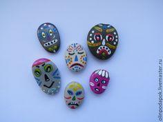 """Купить роспись на камнях """"Маски"""" - разноцветный, камни, роспись на камнях, подарок на любой случай"""