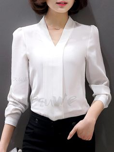 Best how to wear white shirt sleeve Ideas Blouse Outfit, Dress Outfits, Casual Dresses, Casual Outfits, Fashion Outfits, Formal Blouses, Professional Attire, Blouse Vintage, Elegant Outfit