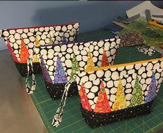 agilejack – agilejack Sewing Tutorials, Sewing Projects, Bag Tutorials, Sewing Ideas, Fabric Bags, Fabric Scraps, Patch Quilt, Quilt Blocks, Purse Patterns