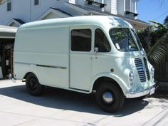 Vintage Milk Truck@Robbie Werner-delivery time!