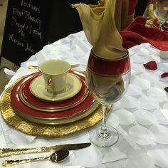 Red Gold White Wedding Decor
