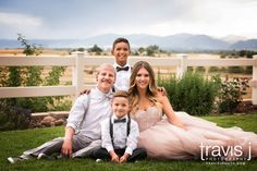 Family Wedding Photo, Mountain view, Colorado, Travis J Photography