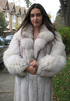 Chinchilla Fur Coat, Fabulous Furs, Coat Sale, Fox Fur Coat, White Fur, Vintage Coat, Fur Fashion, Mink Fur, Mink Coats