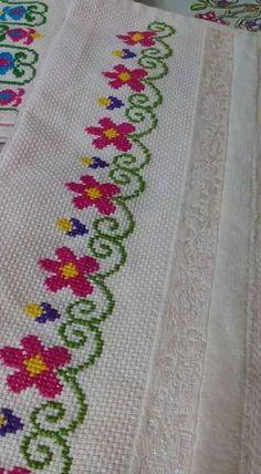 The most beautiful cross-stitch pattern - Knitting, Crochet Love Cross Stitch Borders, Simple Cross Stitch, Cross Stitch Alphabet, Cross Stitch Flowers, Cross Stitch Designs, Cross Stitching, Cross Stitch Embroidery, Hand Embroidery, Cross Stitch Patterns