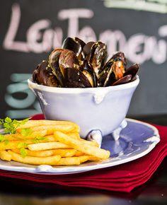 Prato Moules et Frites, receita de Dudu Borger, do restaurante Le French Bazar (Foto: Roberto Seba / Editora Globo)