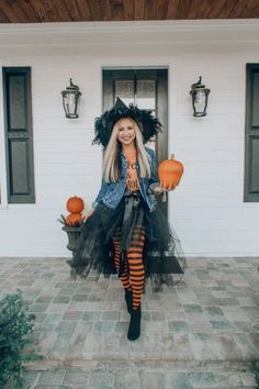 Witches Costumes For Women, Kids Witch Costume, Woman Halloween Costumes, Best Couples Costumes, Costume Women Diy, Cute Best Friend Costumes, Little Girl Witch Costume, Halloween Costume Ideas For Couples, Easy Halloween Costumes For Women
