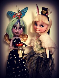 We're all mad here...Twyla and Bunny repainted Ooak dolls, Monster High, by the dolly maker