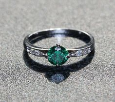 Natural Emerald Solid Sterling Silver Solitaire engagement ring - handmade engagement ring - wedding ring