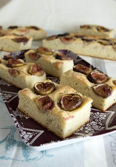 fig and rosemary focaccia by kokocooks, via Flickr