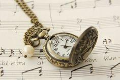 Eplabiter -Vintage Bronze Clock Necklace - long http://epla.no/shops/my-fie/
