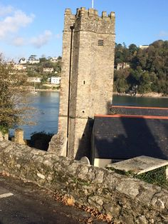 The beautiful a River Dart Dartmouth South West Coast Path, Places In England, South Devon, Dartmouth, Great View, Ladies Boutique, Tower Bridge, Small Towns, Paths