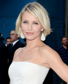 20 Haircuts That Never Go Out of Style | InStyle.com Cameron Diaz's sexy, choppy bob with a deep side part is ideal for slightly wavy or straight hair. On a round face like Diaz has, end the bob above the chin, (on square faces, end below the chin).