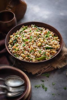 Sabudana khichdi A popular breakfast recipe that is made during Vrats and also on regular days. It is super simple quick gluten-free vegan and extremely delicious. Here is how to make the best Sabudana Khichdi recipe at home. Sabudana Recipes, Sago Recipes, Recipies, Best Breakfast Recipes, Breakfast Snacks, Brunch Recipes, Breakfast Ideas, Delicious Vegan Recipes, Vegetarian Recipes