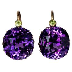 Antique Siberian Amethyst Earrings | From a unique collection of vintage dangle earrings at https://www.1stdibs.com/jewelry/earrings/dangle-earrings/