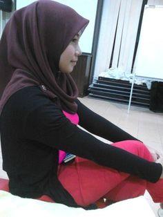 Foto cewek montok jilbab hot 1 | CEWEK JILBAB BUGIL ...