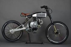 Motopeds' frame kit can transform your old Honda pit bike into this super fun moped of sorts. Custom Moped, Custom Bikes, Moto Bike, Motorcycle Bike, Powered Bicycle, Motorised Bike, Motorized Bicycle, Bike Design, Quad