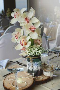 Orchids Wedding centre piece #weddingdecoration #charismadecoration #orchids #centrepiece