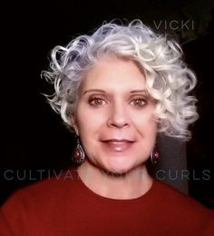 Cultivate Your Curls withThe MAP Method Online Course Short Permed Hair, Grey Curly Hair, Short Grey Hair, Haircuts For Curly Hair, Curly Hair Tips, Curly Bob Hairstyles, Hairstyles For Round Faces, Short Hair Cuts, Curly Hair Styles