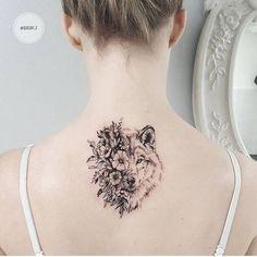 La signification et l'histoire du tatouage loup